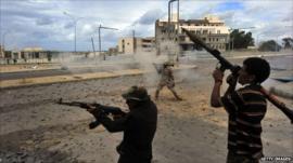 NTC fighters in Sirte