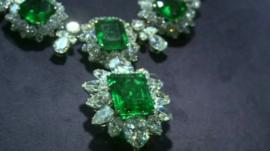 Liz Taylor emerald necklace