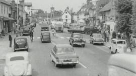 Archive picture of shopping scene