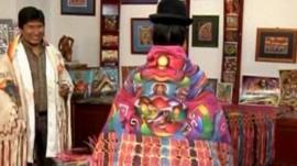 Bolivian woman wearing painted shawl