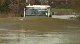 Land Rover driver who helped rescue others