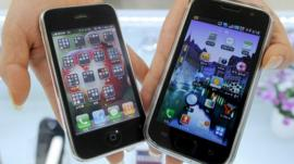Apple iPhone and Samsumng Galaxy phone