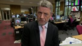 Neil Wallis in newsroom