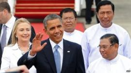 US President Barack Obama and Secretary of State Hillary Clinton arrive in Rangoon on 19 November 2012