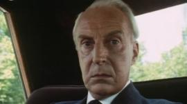 Ian Richardson as Francis Urquhart