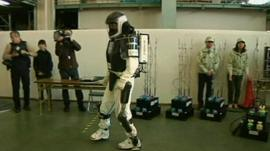 The robotic exoskeleton
