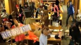 St Hilda's College students' Harlem Shake
