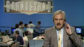 Des Lynam presents Grandstand