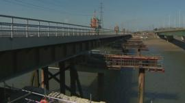 Work on the Loughor railway viaduct