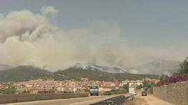 Fires raging in the Tramuntana Mountains