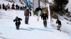 Snowscoot in action