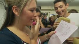 Pupils open their results