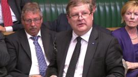 SNP MP Angus Robertson (centre)
