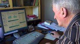 Stan Grierson, a director of ShareSoc, looks at share prices online