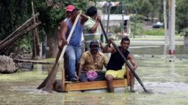 People on a raft in Guerrero state