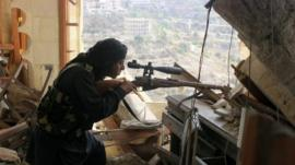 Syrian rebel fighter