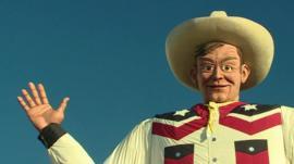 Cowboy statue in Texas