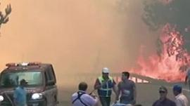 Fire-fighters are facing the burdening task of trying to quell simultaneous focus of flames.