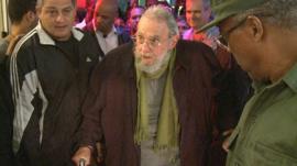 Fidel Castro attending the art exhibition