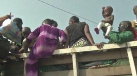 Muslims climb into truck in Bangui