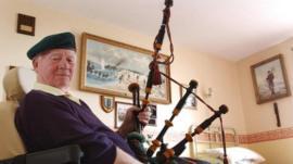 Piper Bill Millin at his home in Dawlish, Devon in 2004