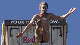 Cliff Diving World Series: Gary Hunt wins in Texas with record score