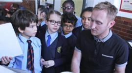 Pupils take part in a 10 Pieces pilot project