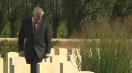 Carwyn Jones looks at war graves