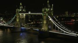 Tower bridge before the lights were turned off