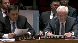 Ukrainian Ambassador Oleksandr Pavlichenko (l) and Russian Ambassador Vitaly Churkin (r)
