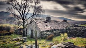 Derelict Welsh cottage in Snowdonia