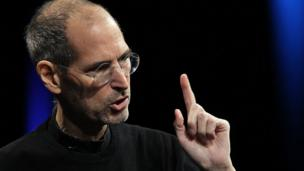 'Steve Jobs in 2011' from the web at 'http://ichef-1.bbci.co.uk/news/304/cpsprodpb/2B46/production/_86387011_stevejobs.jpg'