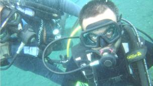 'Srin Madipalli scuba diving in Bali' from the web at 'http://ichef-1.bbci.co.uk/news/304/cpsprodpb/92A8/production/_86644573_bali-diving.jpg'