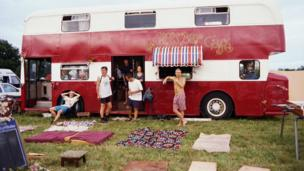 'Le Crowbar bus' from the web at 'http://ichef-1.bbci.co.uk/news/304/cpsprodpb/FF50/production/_86606356_lecrowbar.jpg'