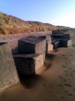 Concrete blocks on Dumbarnie Links