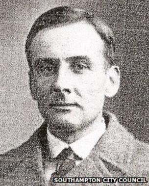 Image caption Joseph Boxhall was aged 28 when he became fourth officer on the Titanic - _59613408_boxall,josephgroves1