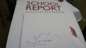 Mo Farah's signature