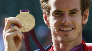 Andy Murray with gold medal