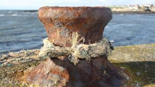 Boat mooring covered in rust