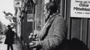 Man Selling Fruit, Vienna, 1932