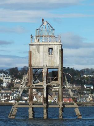 Pile lighthouse