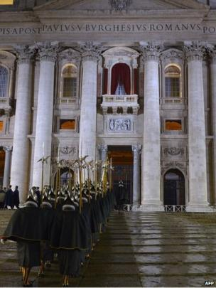 Swiss Guard in St Peter's SQ