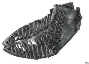 Roman leather carbatina shoe