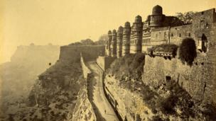 Ascent to Entrance of Gwalior Fort, late 1878