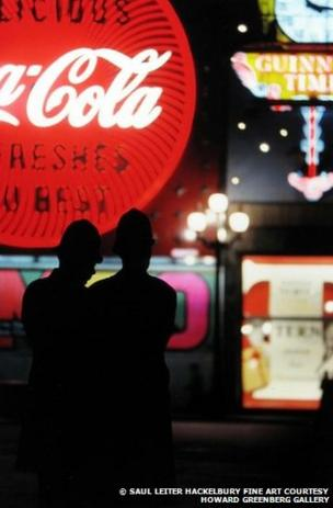 London, 1950, by Saul Leiter