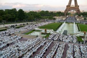 Diner en Blanc at the Trocadero gardens in front the Eiffel Tower in Paris