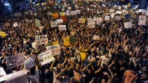 Protests in Niteroi, near Rio de Janeiro (19 June)