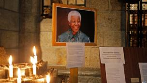 Candles burning for Nelson Mandela, St George's Cathedral, Cape Town (18 July)