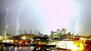 Lightning in London. Photo: Colin Carter