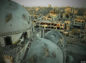 A handout image released by the Syrian opposition's Shaam News Network on 25 July 2013 purportedly shows the dome of the Khalid bin Walid mosque in Khalidiya, Homs